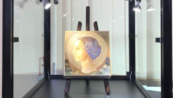 Самое раннее из подписанных произведений Леонардо да Винчи – майолика, изображающая архангела Гавриила. 21 июня 2018