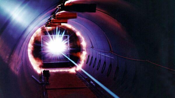 """Физики создали """"дальнобойную"""" лазерную замену для счетчика Гейгера"""