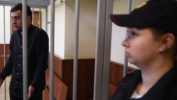 Михаил Исаханов в Головинском суде Москвы. Архивное фото