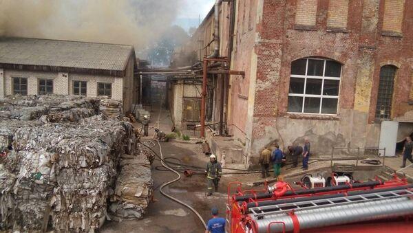 Пожар в цеху по производствы бумажных изделий на Заводском переулке в городе Советске. 29 июня 2018