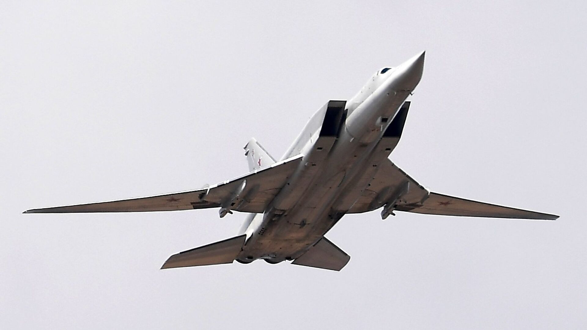 Экс-главком ВВС прокомментировал инцидент с Ту-22МЗ под Калугой