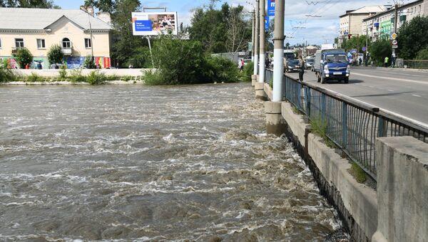 Мост на улице Комсомольская в Чите через реку Читинка. Архивное фото