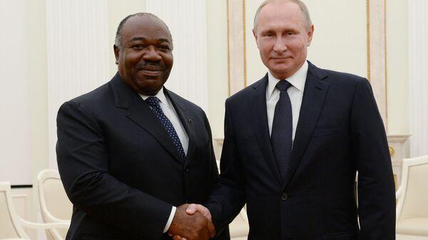 Президент России Владимир Путин и президент Габона Али бен Бонго Ондимба