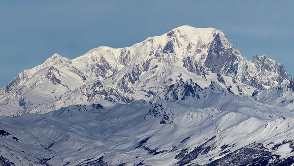 Гора Монблан. Архивное фото