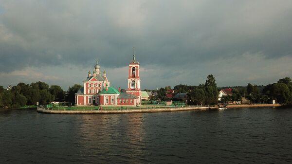 Храм Сорока мучеников Севастийских в городе Переславль-Залесский Ярославской области
