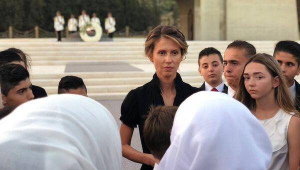 Супруга президента Сирии Асма Асад во время встречи с семьями погибших в САР офицеров России