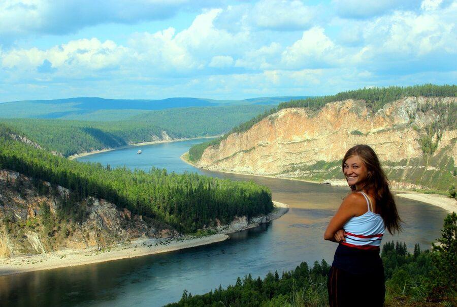 Река Лена, скалы Щеки, Иркутская область