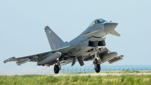 Британский истребитель Typhoon