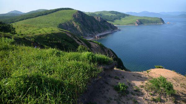 Прибрежный ландшафт острова Путятина