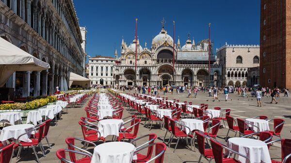 Кафе на Площади Святого Марка в Венеции