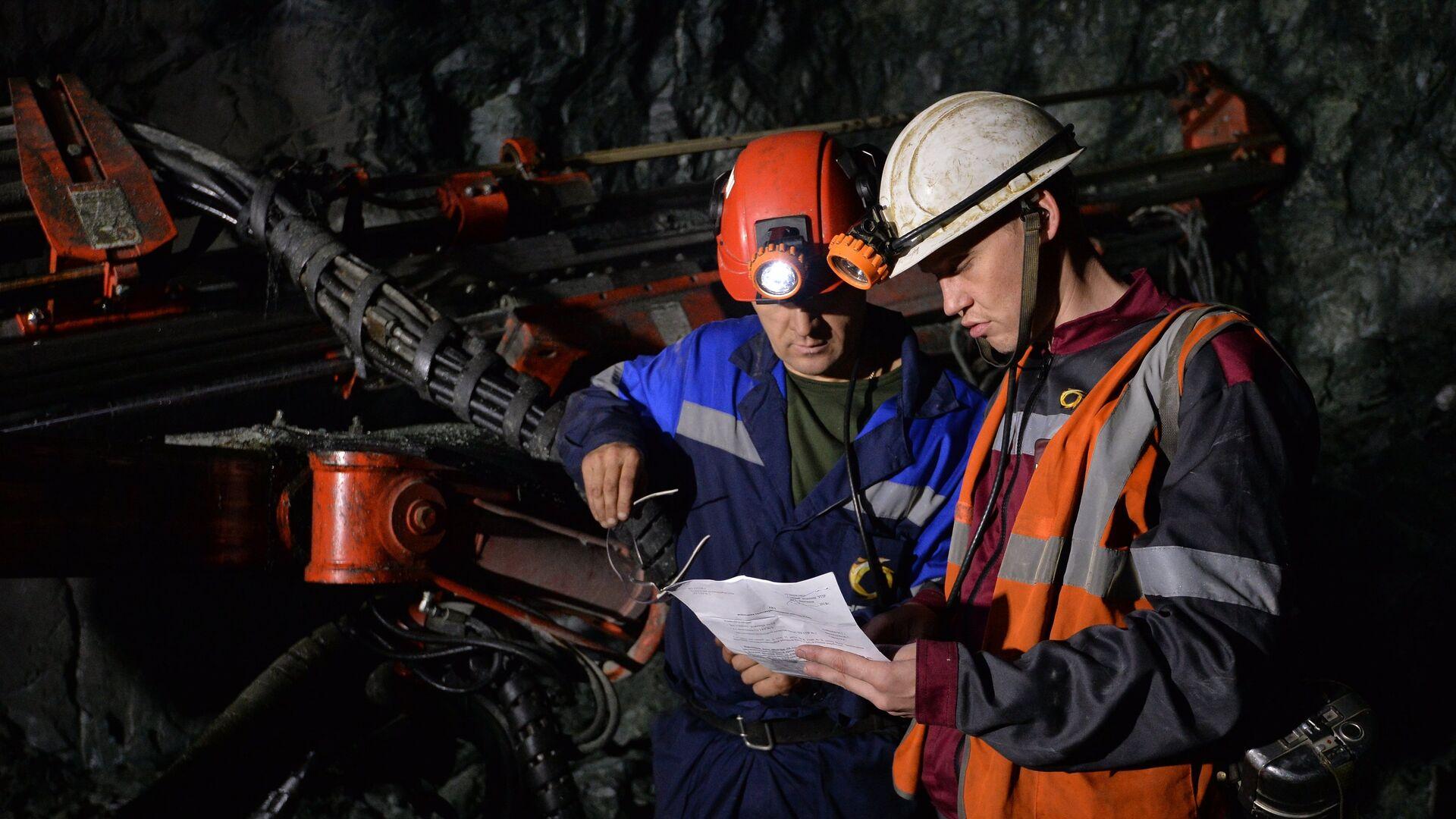 Из-под завалов в шахтах на Камчатке извлекли тело одного проходчика