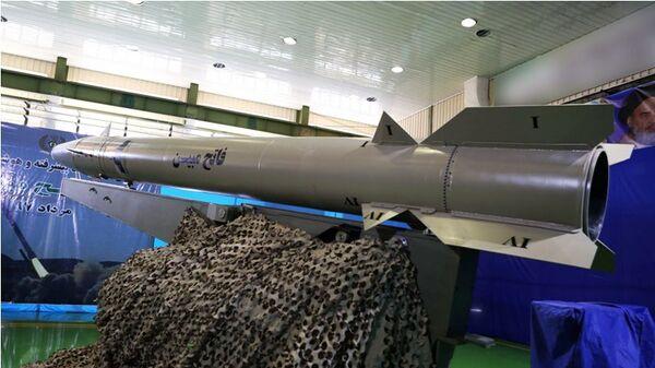 Иранская баллистическая ракета нового поколения Фатех