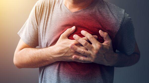 Названы три симптома сердечного приступа
