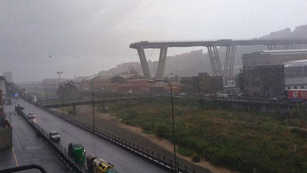 Обрушившийся мост в Генуе, Италия. 14 августа 2018