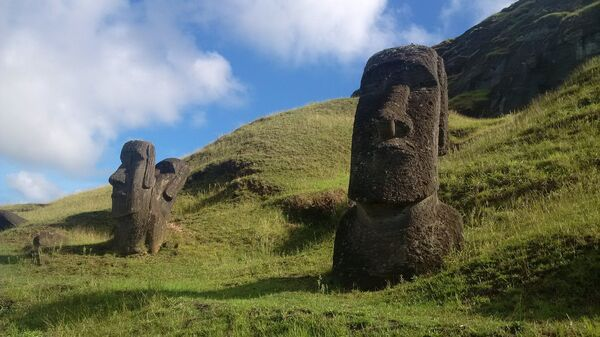 Истуканы Моаи на острове Пасхи