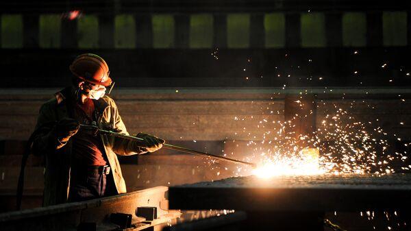 Путин поздравил металлургов и горняков с профессиональным праздником