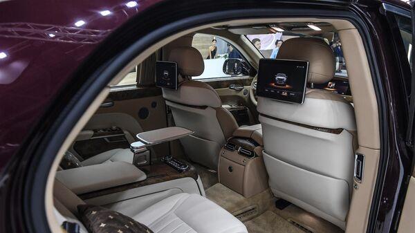 Салон автомобиля Aurus Senat на Московском международном автомобильном салоне 2018