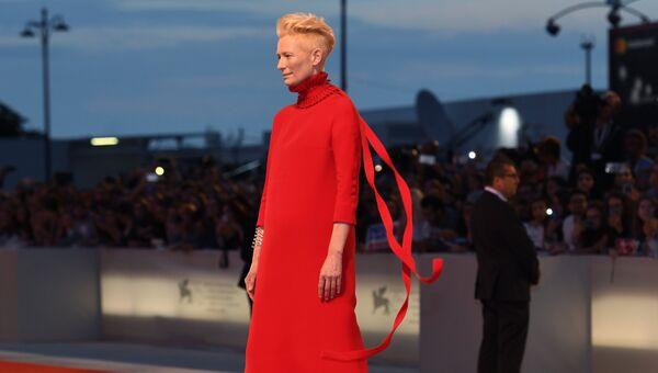 Актриса Тильда Суинтон на премьере фильма Луки Гуаданьино Суспирия (Suspiria) в рамках 75-го Венецианского международного кинофестиваля