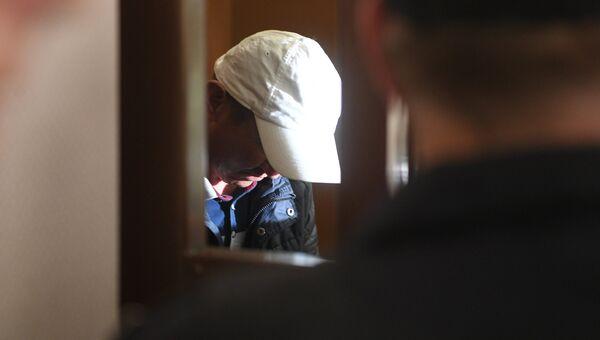 Обвиняемый в убийстве полицейского на станции метро Курская в Москве. Архивное фото