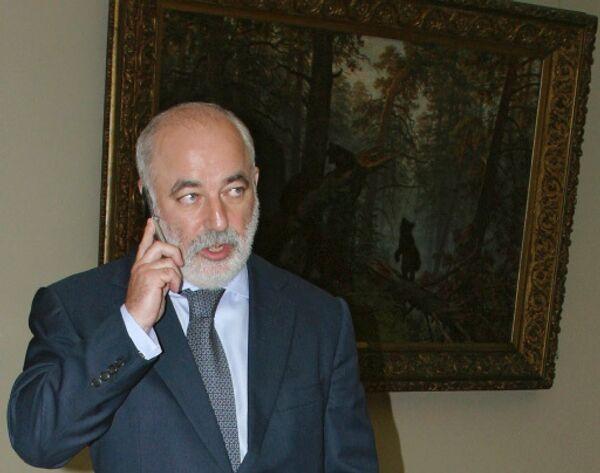 Председатель правления, председатель наблюдательного комитета группы компаний Ренова Виктор Вексельбер