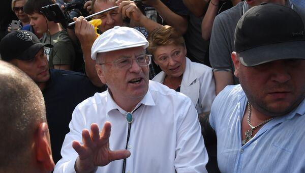Лидер ЛДПР Владимир Жириновский во время митинга против пенсионной реформы на Пушкинской площади в Москве. 9 сентября 2018