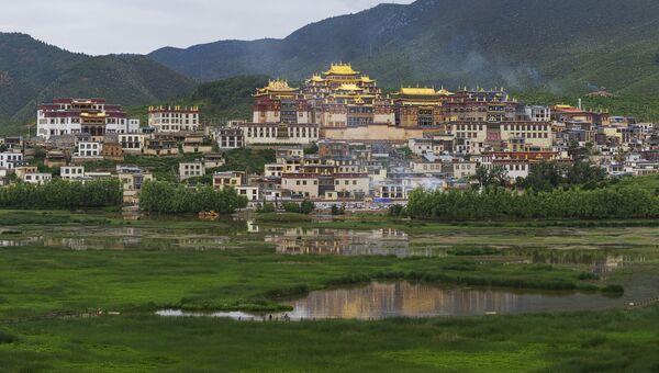 Монастырь Гандан Сумцелинг, Шангри-Ла, Китай