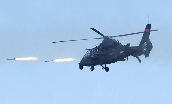 Ударный вертолет Z-19 армии КНР на забайкальском полигоне Цугол, где проходит основной этап военных маневров Восток-2018
