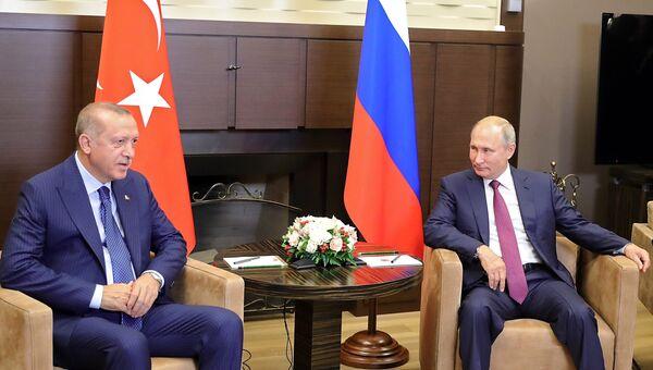 Президент РФ Владимир Путин и президент Турции Реджеп Тайип Эрдоган во время встречи в Сочи. 17 сентября 2018