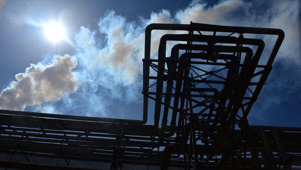 Завод Крымский титан. Архивное фото