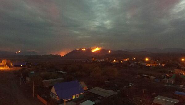 Один из очагов пожара в районе города Медногорска, Оренбургской области. 17 сентября 2018