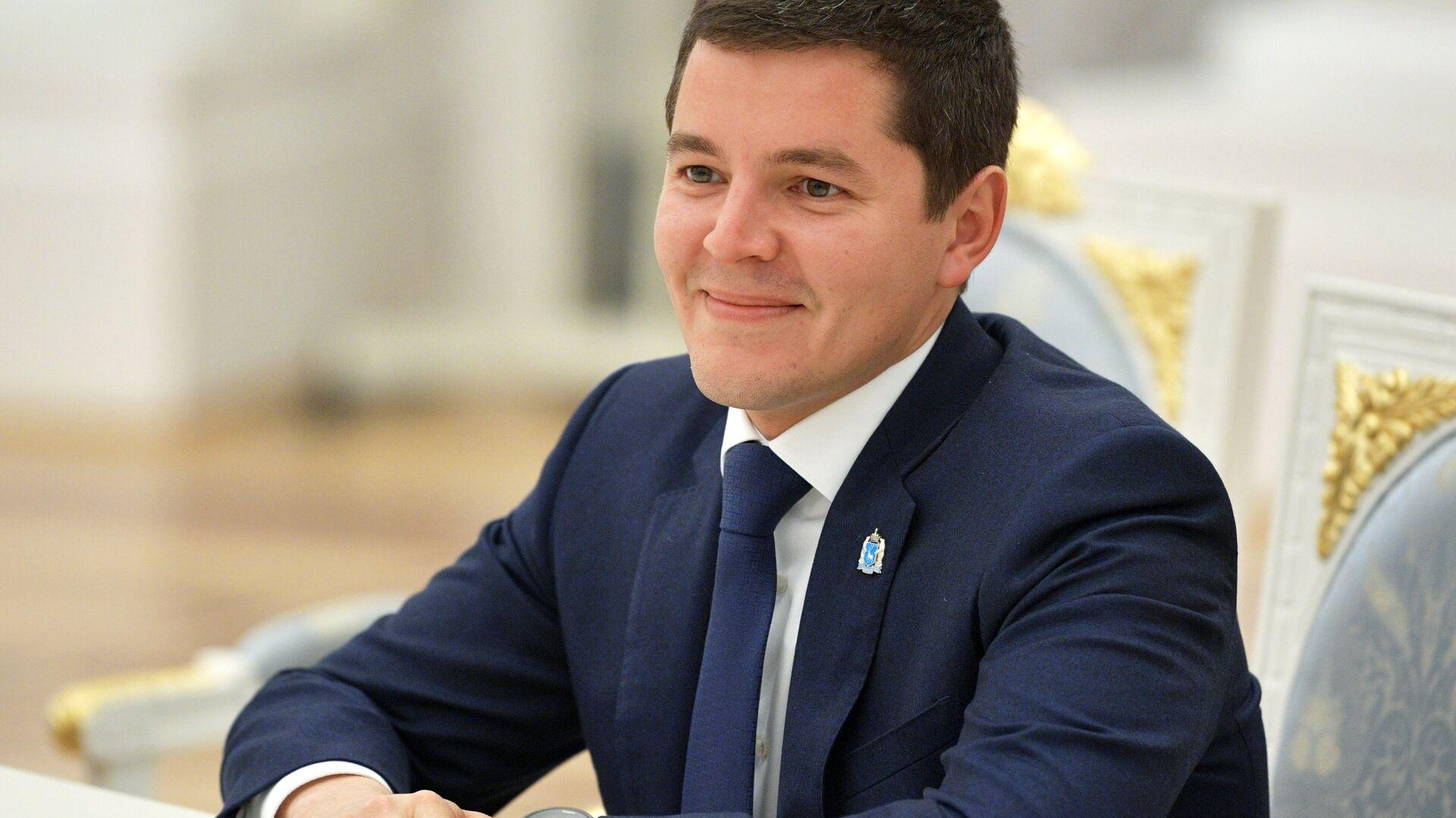Губернатор ЯНАО выступил на Невском международном экологическом конгрессе