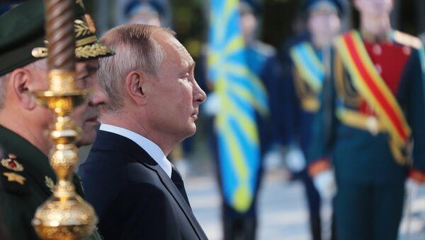 Президент РФ Владимир Путин на церемонии освящения закладного камня главного храма Вооруженных Сил РФ в парке Патриот. 19 сентября 2018