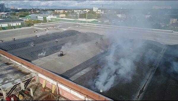На месте пожара на складе в городском округе Мытищи Московской области. 24 сентября 2018