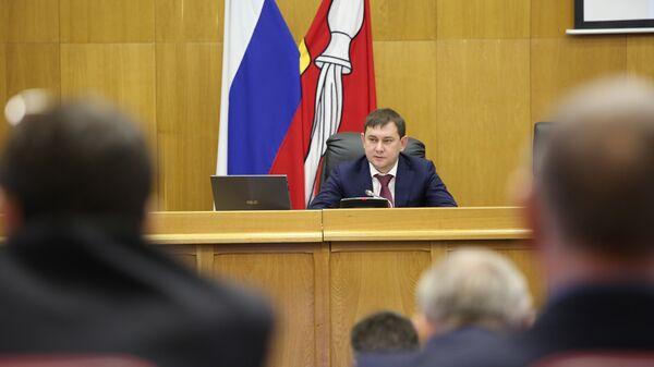 Владимир Нетёсов на заседании Воронежской областной Думы