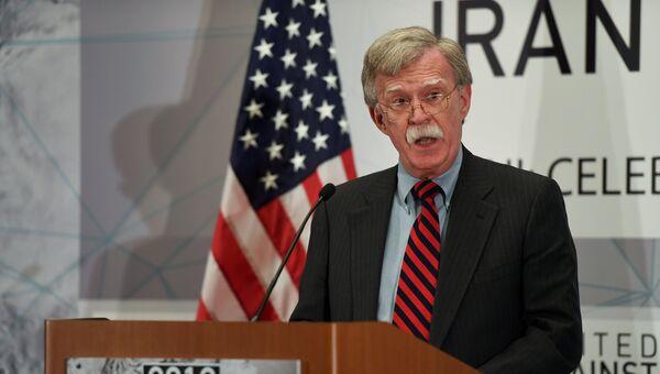 Советник по национальной безопасности США Джон Болтон на саммите против владения Ираном ядерным оружием в кулуарах Генеральной Ассамблеи ООН в Нью-Йорке, США. 25 сентября 2018