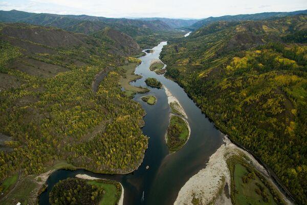 Река Малый Енисей в Каа-Хемском кожууне Республики Тыва