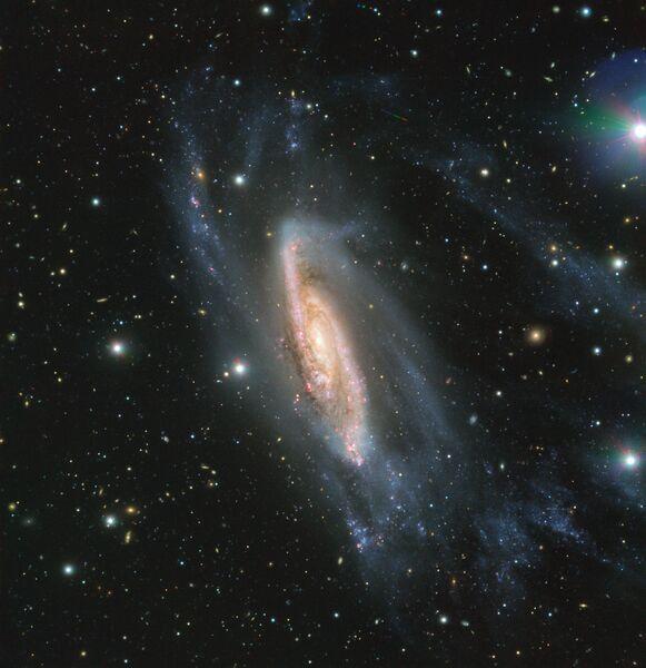 Спиральная галактика NGC 3981, сфотографированная телескопом VLT