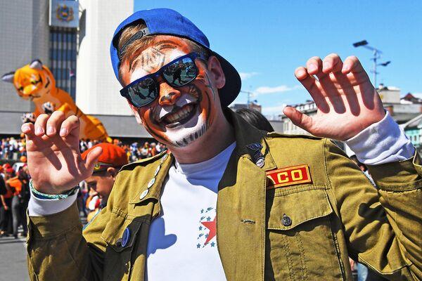 Участник праздничных мероприятий, посвященных Дню тигра, во Владивостоке