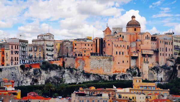 Столица Сардинии город Кальяри