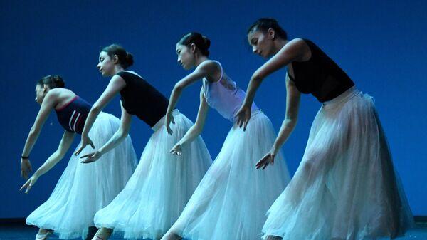 Открытая репетиция балета Серенада на Приморской сцене Мариинского театра во Владивостоке