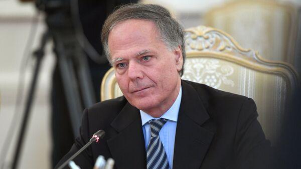 Глава МИД Италии Энцо Моаверо Миланези