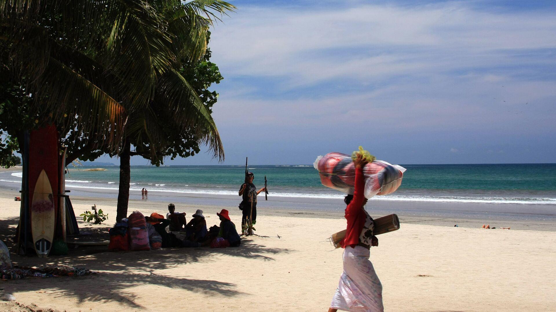 Пляж Кута на острове Бали - РИА Новости, 1920, 22.02.2020