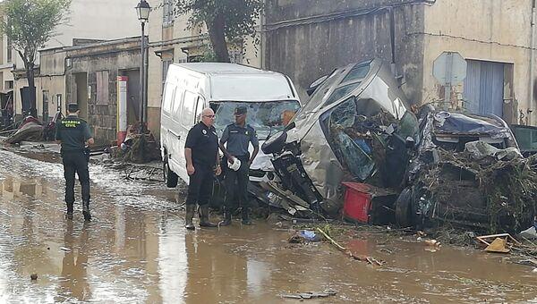 Последствия наводнения, вызванного проливными дождями, на острове Майорка. 10 октября 2018