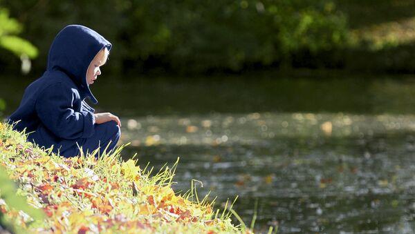 Стать опорой для пережившего много страданий ребенка может только сильный, неистощенный эмоционально взрослый