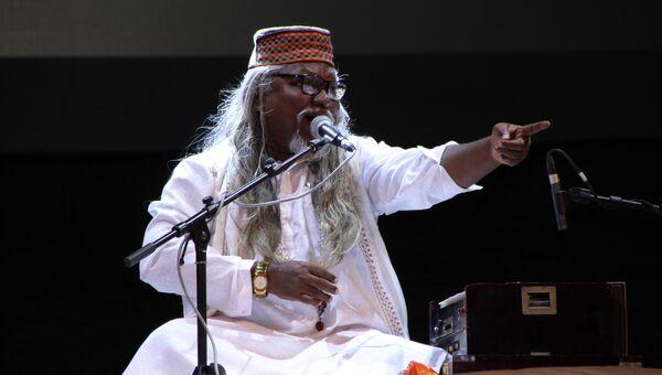 Индийская группа Бхарти Бандху