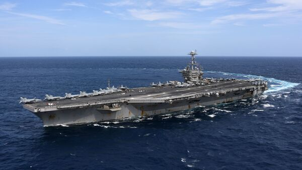Американский авианосец Гарри Трумэн в Атлантическом океане. Сентябрь 2018