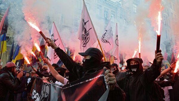 Участники марша националистов. Архивное фото