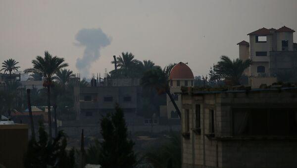 Дым над Газой после ударов ВВС Армии обороны Израиля. 17 октября 2018