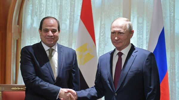 Президент РФ Владимир Путин и президент Арабской Республики Египет Абдель Фаттах ас-Сиси во время встречи. 17 октября 2018