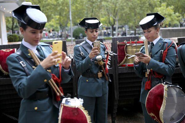 Испанская гражданская гвардия во время празднования Национального Дня Испании в Мадриде